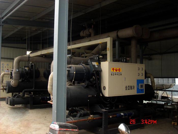 60HP低温螺杆式冷水机工程案例